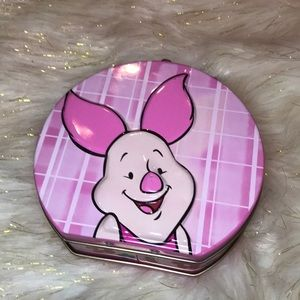 Cute piglet tin purse from Winey the Pooh